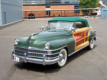 1946 Chrysler Town and Country Cabriolet